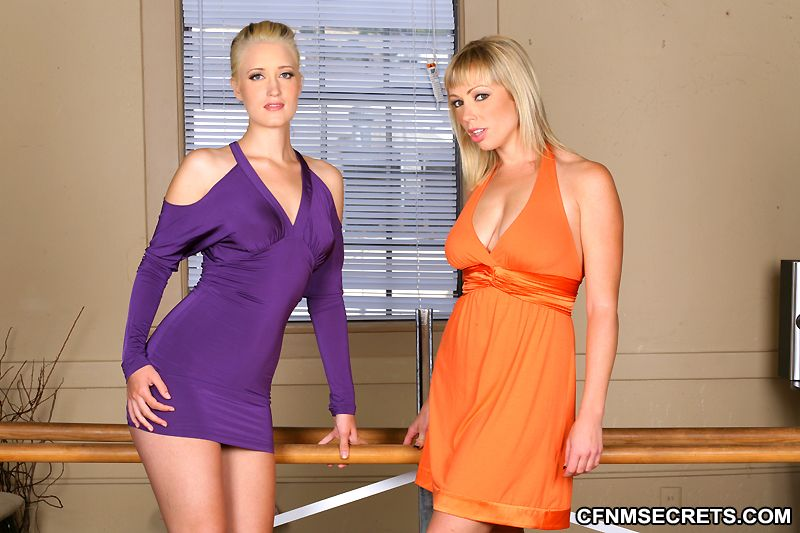 Long legs dance Hot Porno free photos. Comments: 2